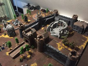 Miniature wargames I played in 2016 - Frostgrave Castle and scenery